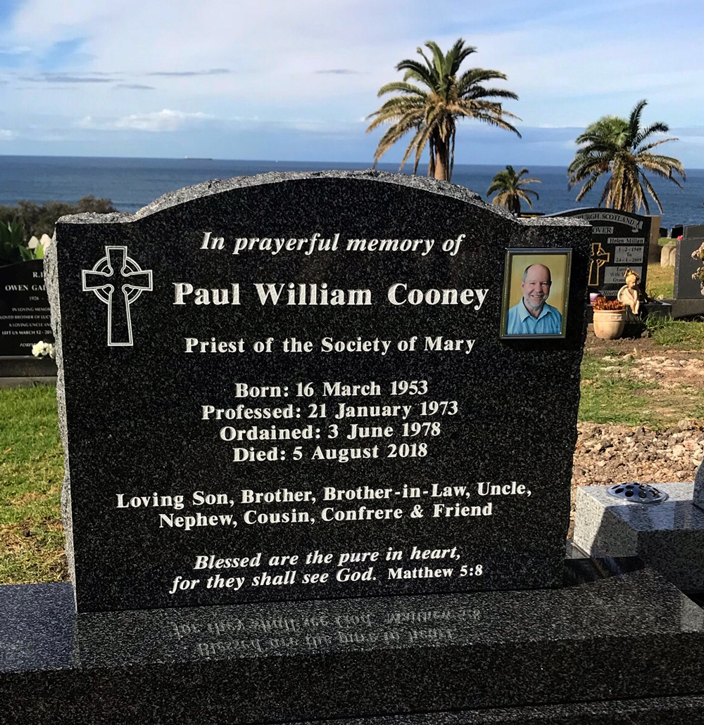 0819 Paul Cooney Headstone